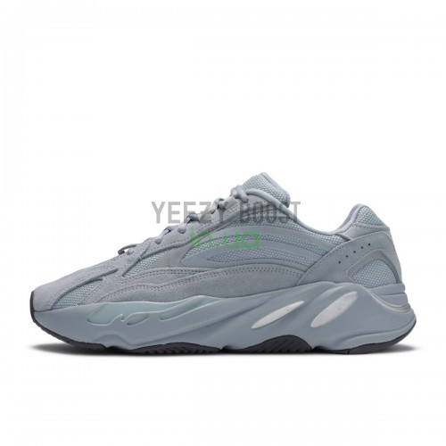 Yeezy Boost 700 Hospital Blue FV8424